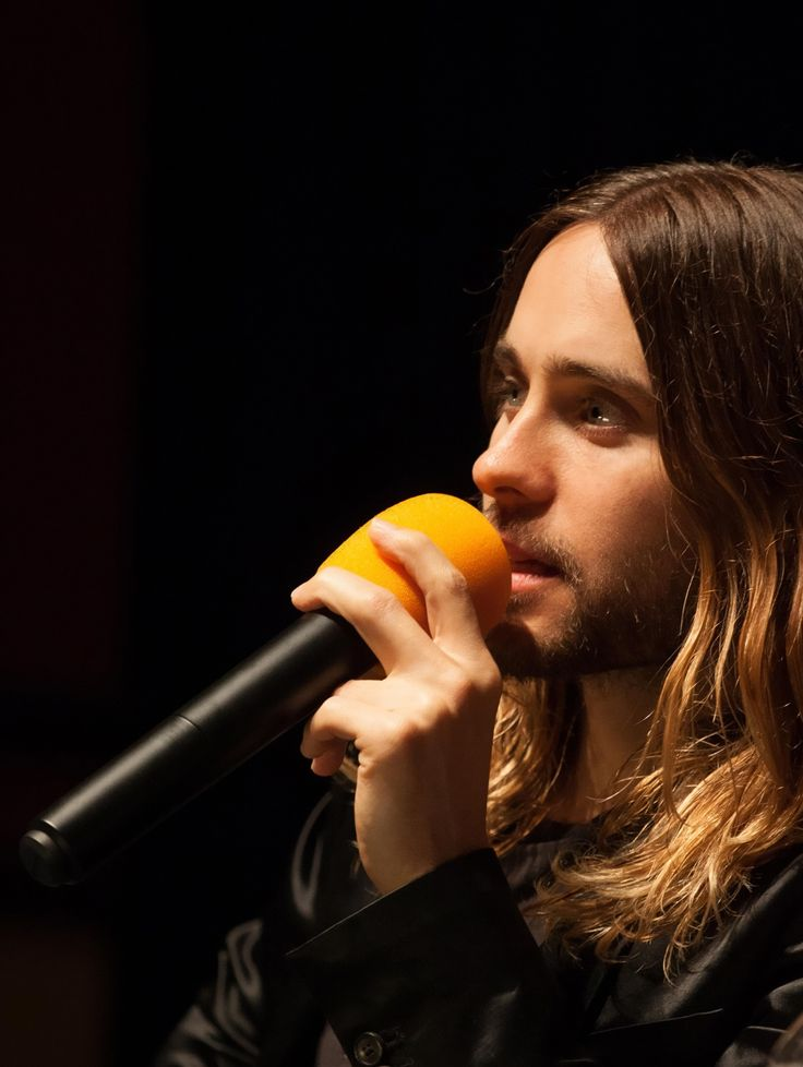 Groucho Reviews: Inter... Jared Leto Interview